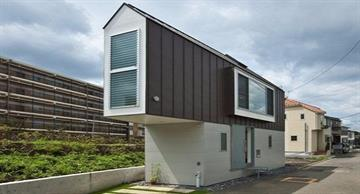 This little narrow house turned out to be spacious and functional inside!