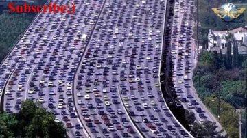 История Story: Рекордная автомобильная пробка длилась более недели