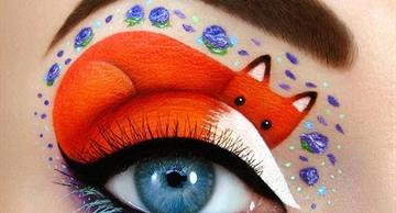 This artist uses her eyes as a canvas for marvelous pictures!