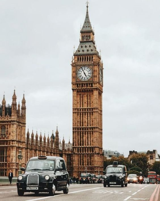The Second Most Famous Clock In The World: 9 Erroneous Beliefs About World-famous Places...