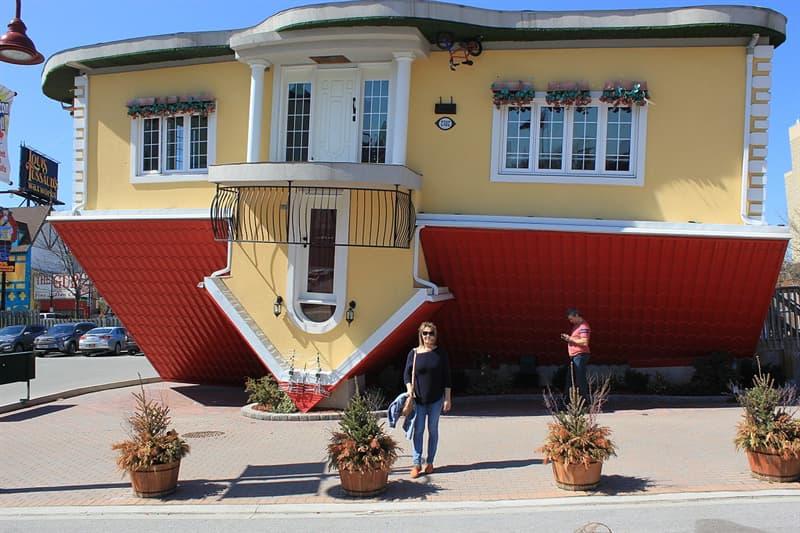 Culture Story: #7 An upside down house in Niagara Falls, Ontario