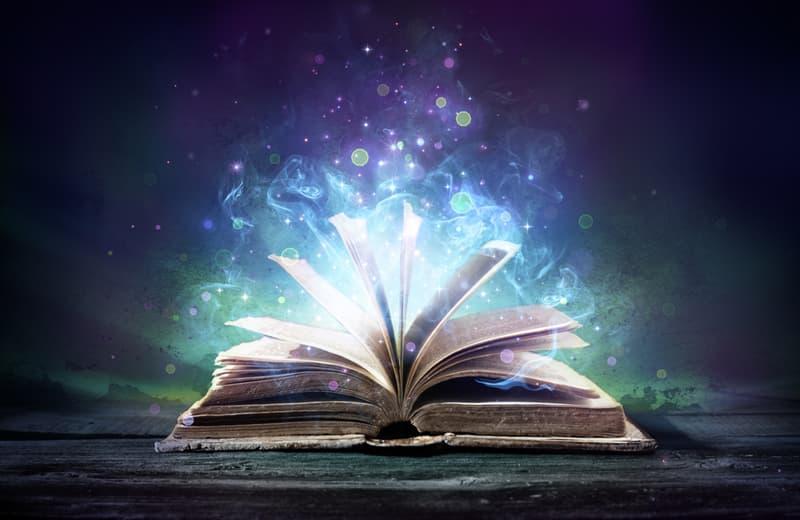 Literatura Historia: ¿Cómo aprender a escribir criticas de libros?