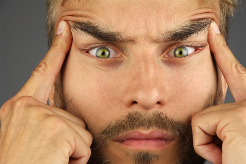 funny Story: #3 You can't lift your right eyebrow