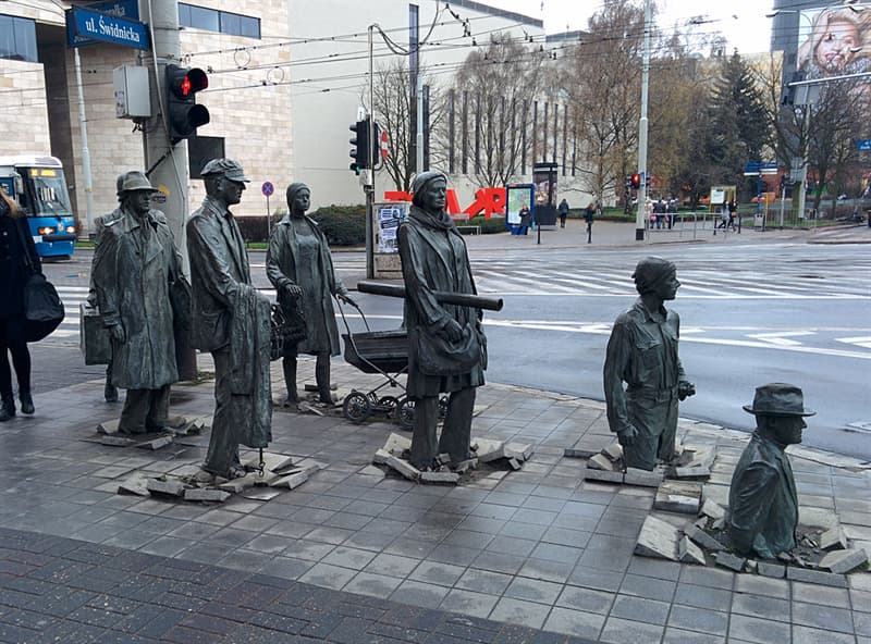 Geography Story: #13 The Monument Of An Anonymous Passerby, Wroclaw, Poland