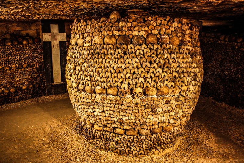 Culture Story: #3 Catacombs of Paris, France