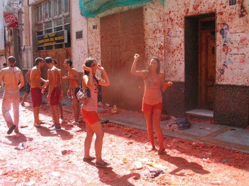 Culture Story: #8 La Tomatina in Spain is full of tomatoes