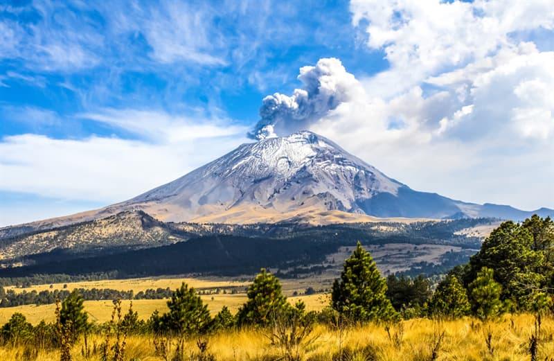 Geography Story: #8 Popocatépetl is an active stratovolcano in Central Mexico