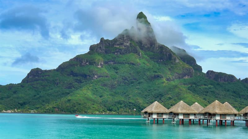 Geography Story: #2 Moorea, French Polynesia
