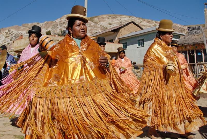Geography Story: #8 Bowler hats, Bolivia