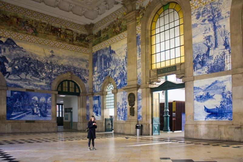 Geography Story: #9 Sao Bento railway station in Porto, Portugal