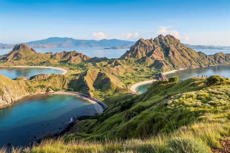 Geography Story: best places to visit if you are an introvert travel destinations Padar Indonesia