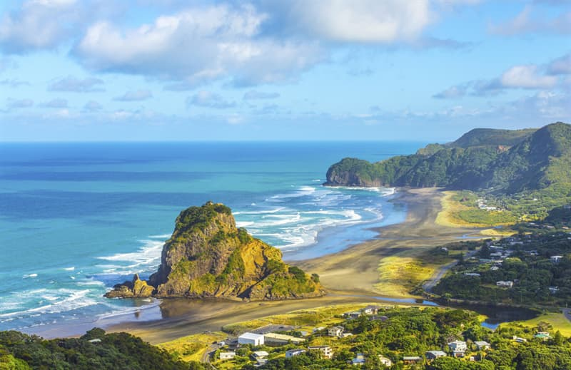 Geography Story: best places to visit if you are an introvert travel destinations Piha New Zealand