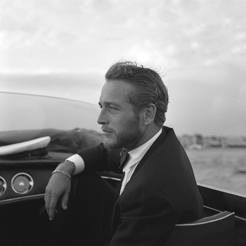 """History Story: #4 He didn't like wearing fancy clothes, though he looked stunning in them and had to dress this way for multiple special occasions. On his 75th birthday, Newman burned his tuxedo because he retired from the Oscars and was """"through with formality."""""""