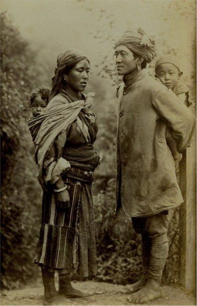 History Story: #23 A Tibetan family in 1870