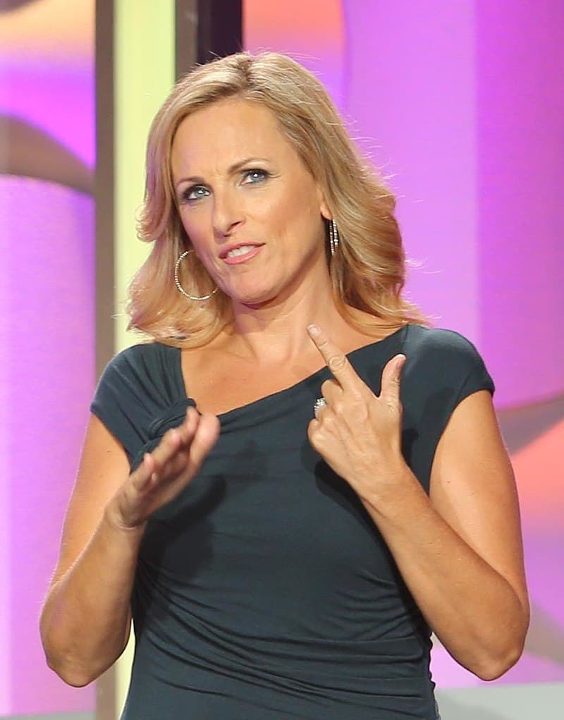 Culture Story: #17 THE FIRST DEAF PERFORMER TO WIN AN OSCAR: Marlee Matlin