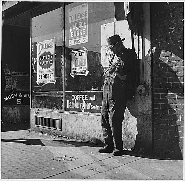 History Story: #6 Between 1933 and 1934, one in four people in the US was unemployed and unable to pay mortgages, so many of them had to leave their homes