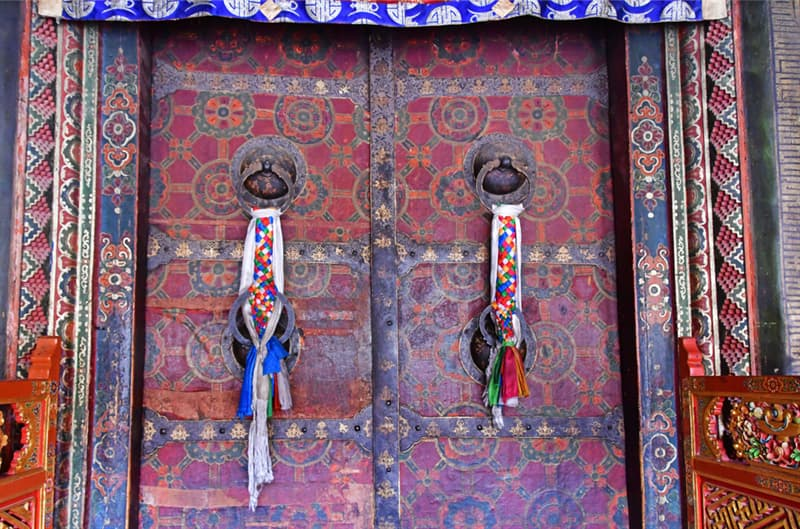 Geography Story: #8 One of the entrances to the ancient temple Jokang