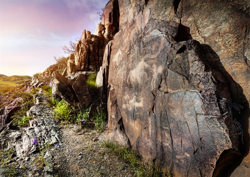 Geography Story: beautiful places to visit in Kazakhstan Tamgaly Petroglyphs