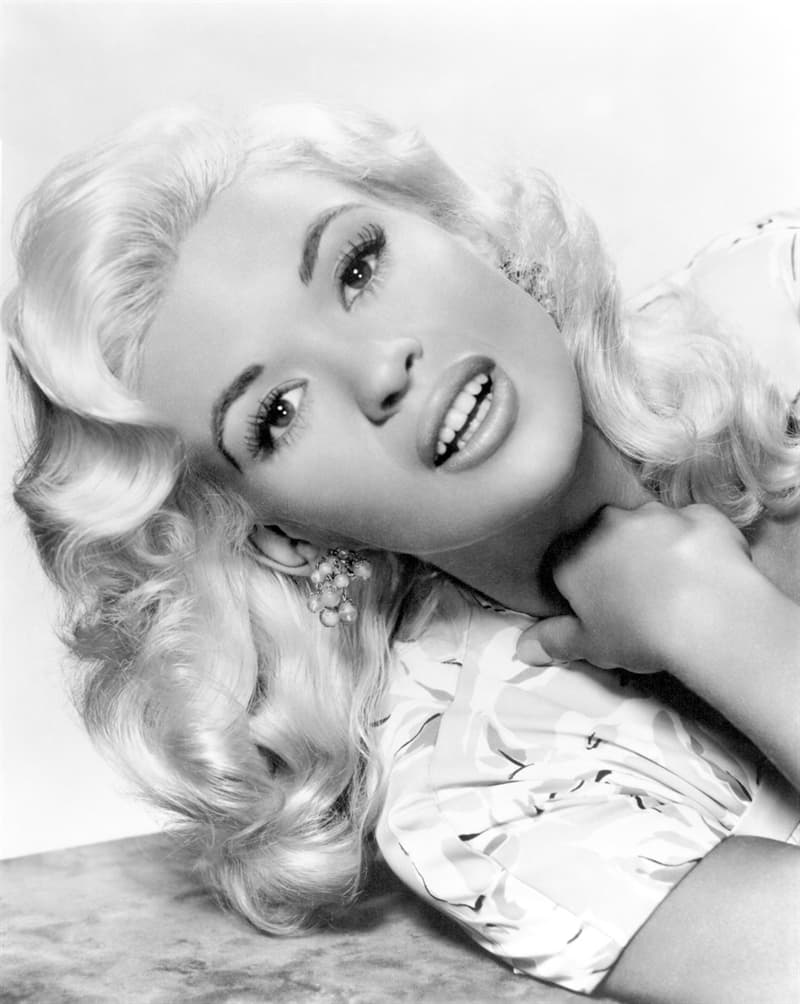 History Story: facts about Jayne Mansfield biography old Hollywood smart Jayne Mansfield IQ languages