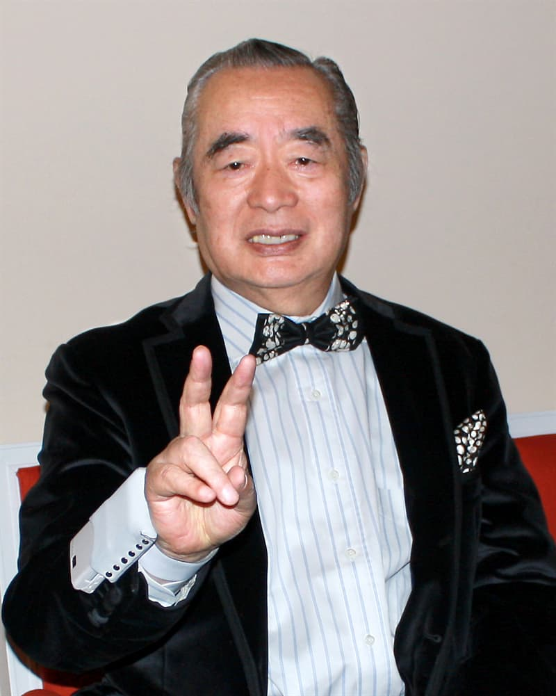 Culture Story: Yoshiro Nakamatsu inventor of the floppy disk unusual work habits