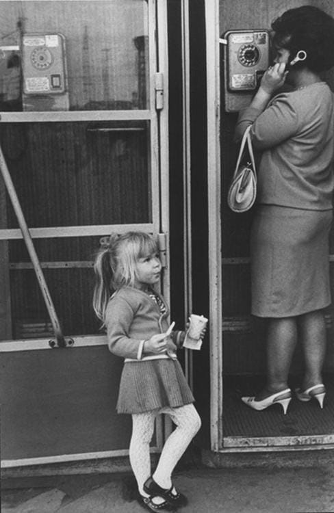 Culture Story: 1960 photos old photos old lifestyle history photo black and white aesthetic photos old vibe old school oldschool The Way We Were Little girl waiting for her mother