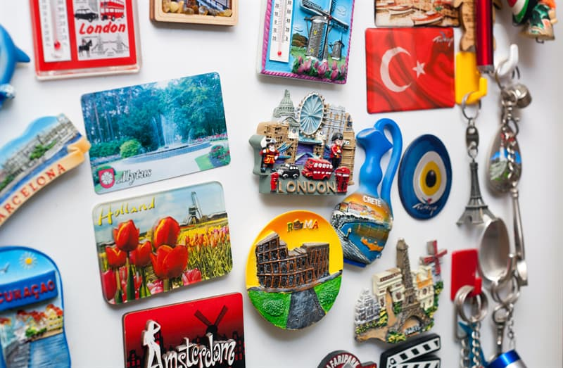 Culture Story: fridge magnets collection memomagnetist