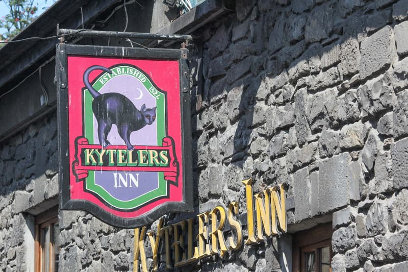 Geography Story: Kyteler's Inn Ireland