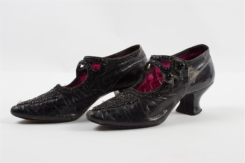 Culture Story: #2 Men originally wore high heels