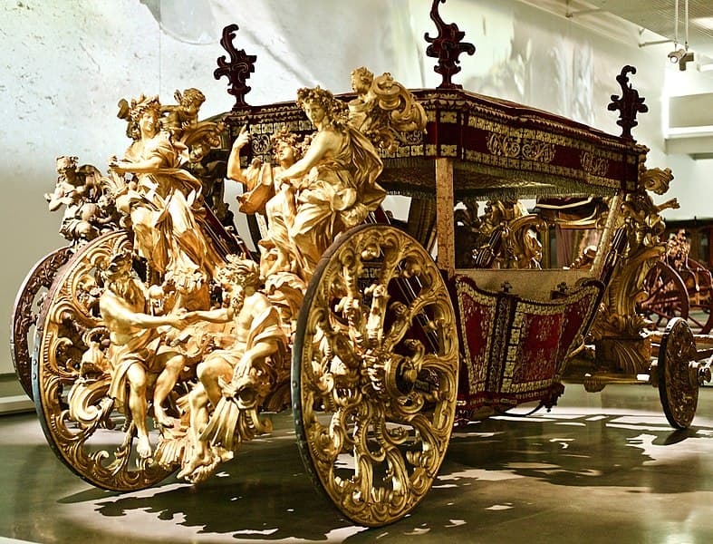 History Story: #4 One of the grand carriages for Pope Clement XI during the period of the papacy from 1700 - 1721.