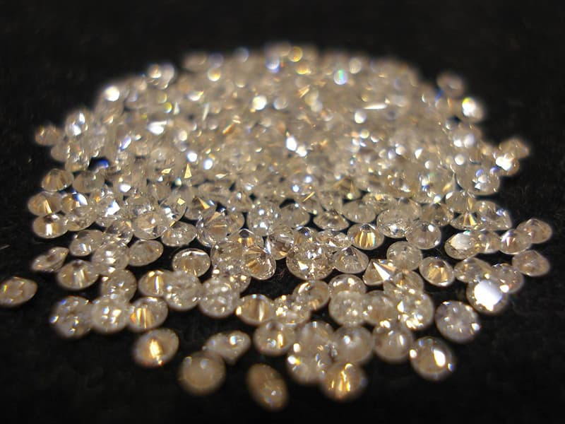 Science Story: #10 RAINING DIAMONDS: it rains diamonds on Saturn and Jupiter.