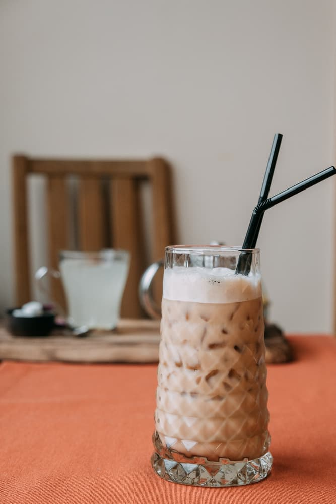 Culture Story: #6 FRAPPÉ from GREECE