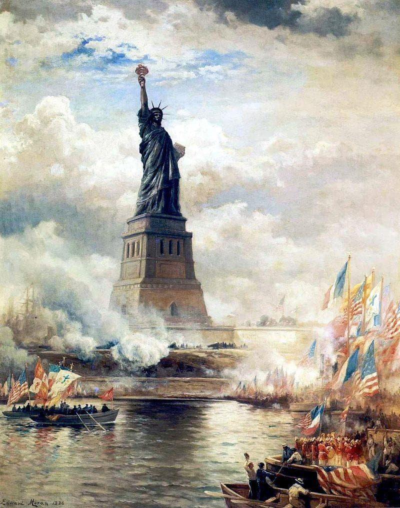 Культура Вопрос: Чья супруга являлась, по одной из версий, натурщицей для Статуи Свободы ?