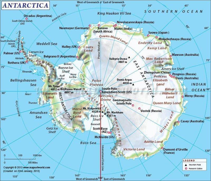 География Вопрос: Многие слышали о подледных озерах Антарктиды. А существуют ли в Антарктиде озера или водоёмы, которые расположены на открытой поверхности континента и не покрыты льдом на протяжении всего года?