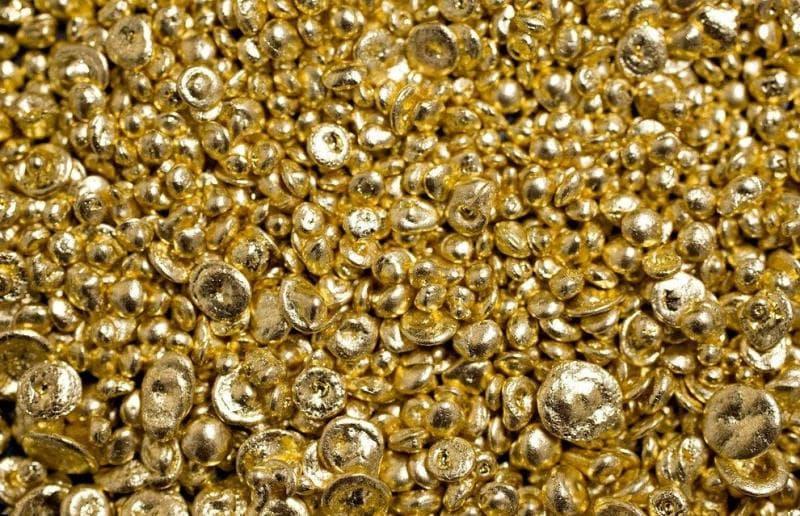 Наука Вопрос: Сколько благородных металлов существует в природе?