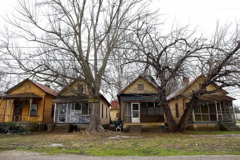 Geography Trivia Question: Which is the poorest city in the United States as of 2015?
