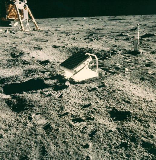 """История Вопрос: Верно ли, что первый уголковый отражатель был доставлен на Луну в рамках миссии Луна-17 - им был оснащен советский планетоход """"Луноход-1""""?"""