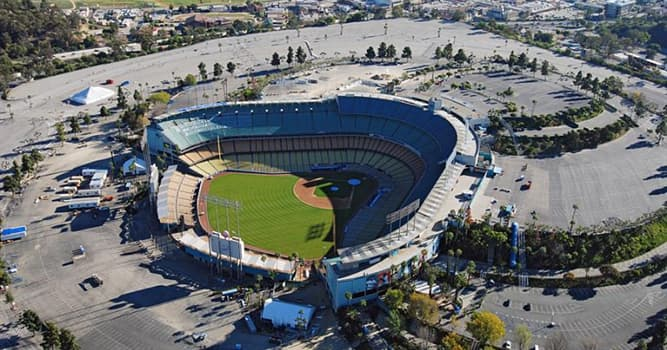 Geography Trivia Question: In which US city is Dodger Stadium located?