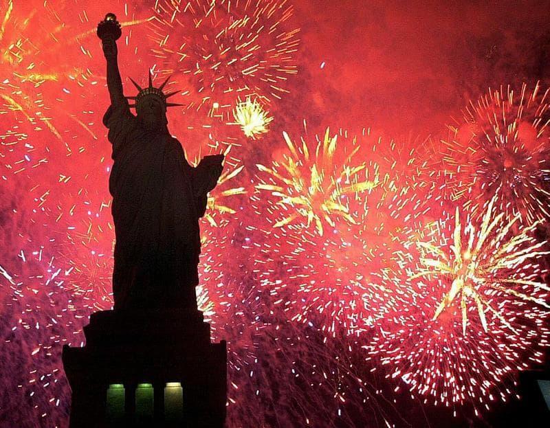 Общество Вопрос: В истории США был случай, когда пост президента этой страны занимал человек, родившийся 4 июля, то есть в День Независимости. Как звали этого человека?