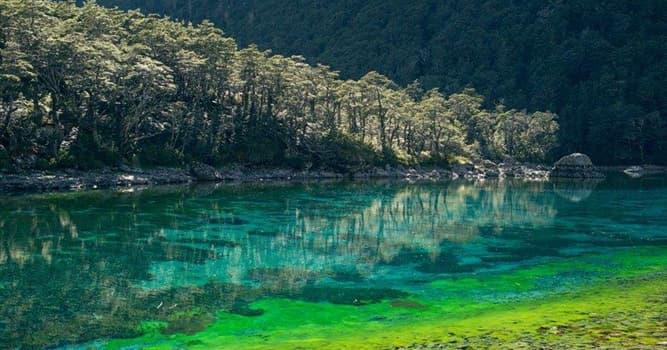 География Вопрос: В какой стране мира находится озеро с самой прозрачной водой?