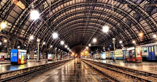 География Вопрос: В каком городе находится самая большая в мире железнодорожная станция исходя из суммарной площади всех ее помещений (по состоянию на 2016 год)?