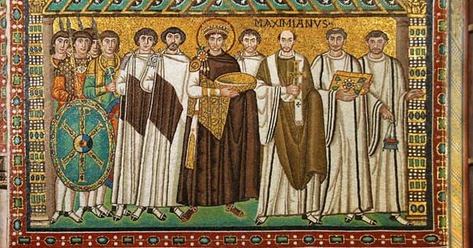История Вопрос: Кому из перечисленных византийских императоров приходился внуком великий князь киевский Влади́мир Монома́х, правивший с 1113 по 1125 год?