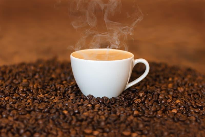 Kultur Wissensfrage: Welcher dieser Begriffe ist mit dem Kaffee verbunden?