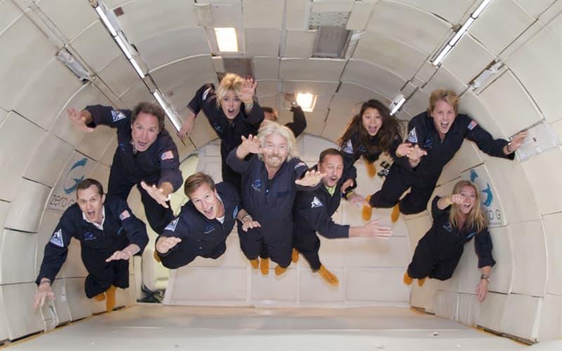 Наука Вопрос: А был ли случай в истории пилотируемых космических полетов, когда в один полет отправились муж с женой?