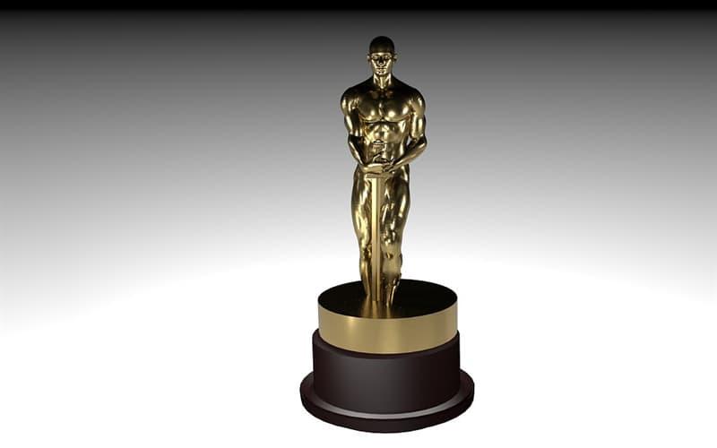 """Культура Вопрос: Какое максимальное число премий американской Академии киноискусств """"Оскар"""" получил один человек во время одной ежегодной церемонии награждения?"""