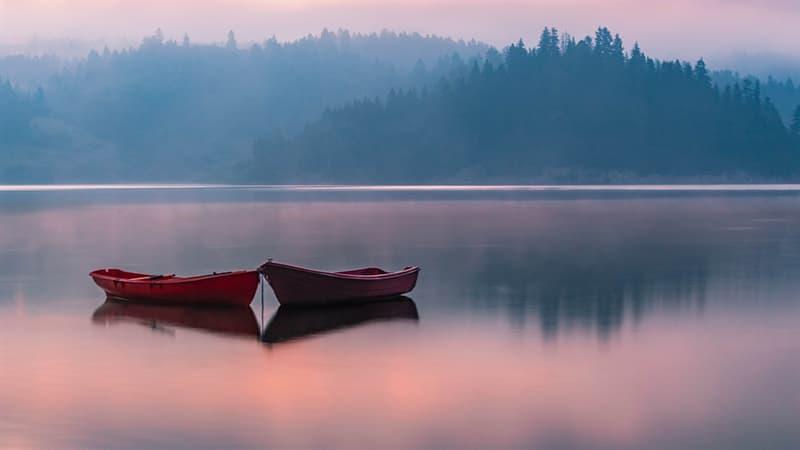 География Вопрос: На территории какой горной системы расположено самое высокогорное озеро на нашей планете?