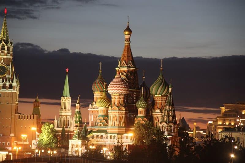 Культура Вопрос: Сколько башен у Московского кремля?