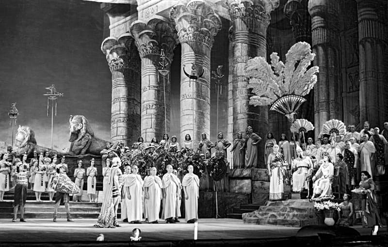 """Культура Вопрос: В честь какого события была написана опера """"Аида"""" Верди?"""