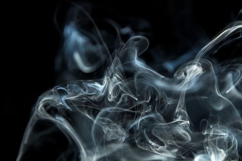 """Культура Вопрос: В каком году впервые была исполнена знаменитая песня """"Smoke Gets in Your Eyes"""" (""""Дым застилает глаза"""")?"""