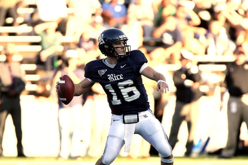 Sport Trivia Question: What starting New England Patriots quarterback did Tom Brady replace?