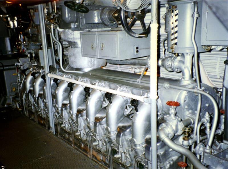 Historia Pregunta Trivia: ¿Cuáles fueron los dos únicos autos norteamericanos en tener motor V16?